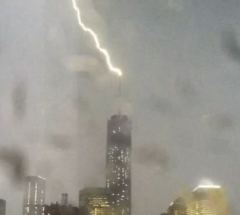 lightning_freedom_tower_140523_video_snip